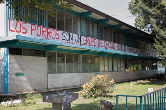 Integrantes de Regeneración Radio narran el ataque porril del grupo 3 de Marzo